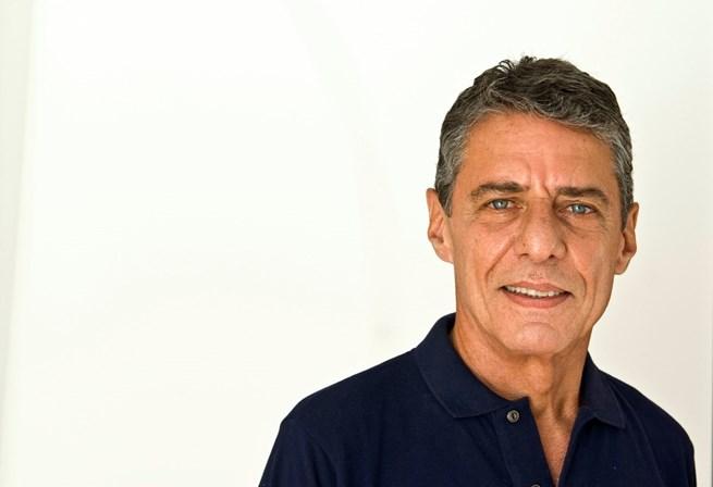 Chico Buarque tem data extra em Portugal!