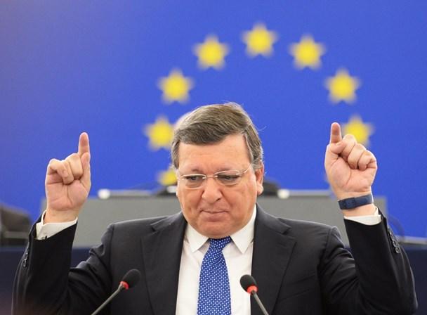 Vice-presidente da Comissão admite reunião com Durão Barroso e relança polémica