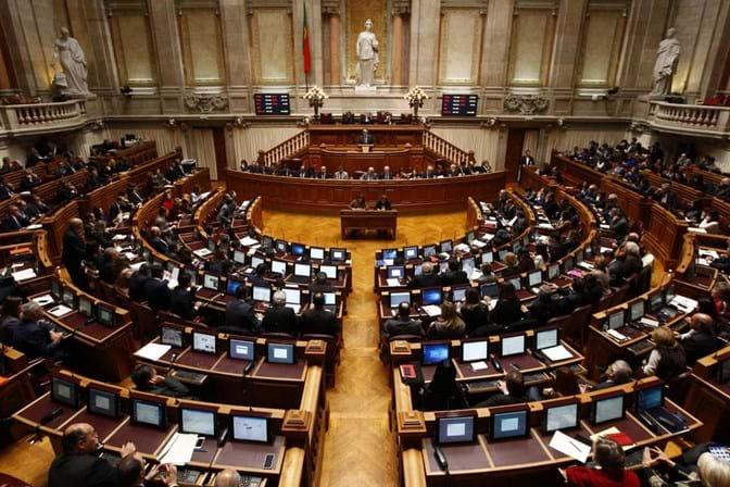 Deputado do Bloco renuncia por causa dos reembolsos duplicados de viagens