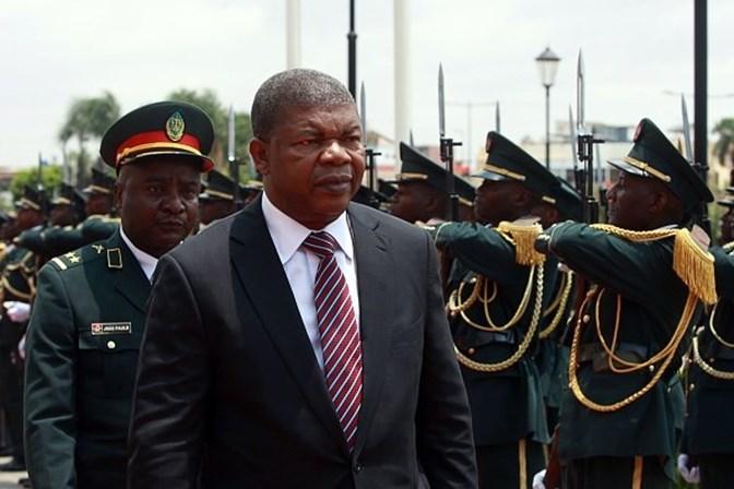 Marcelo desvaloriza ausência temporária de embaixador de Angola