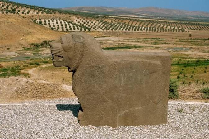 Aviões turcos destruíram templo com três mil anos na Síria — Ain Dara