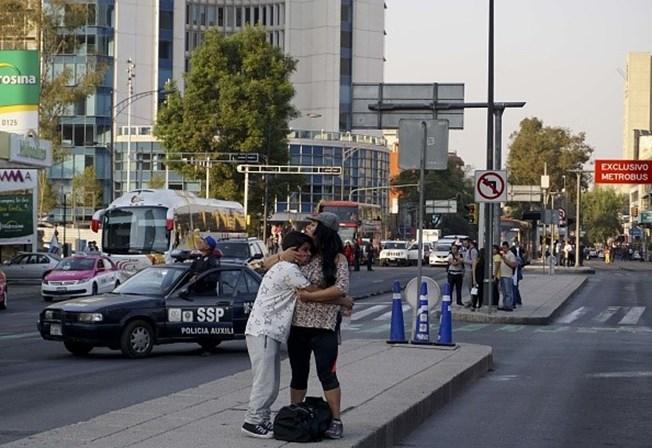Sismo de 7,5 abala o México. Capital abanou mais de um minuto