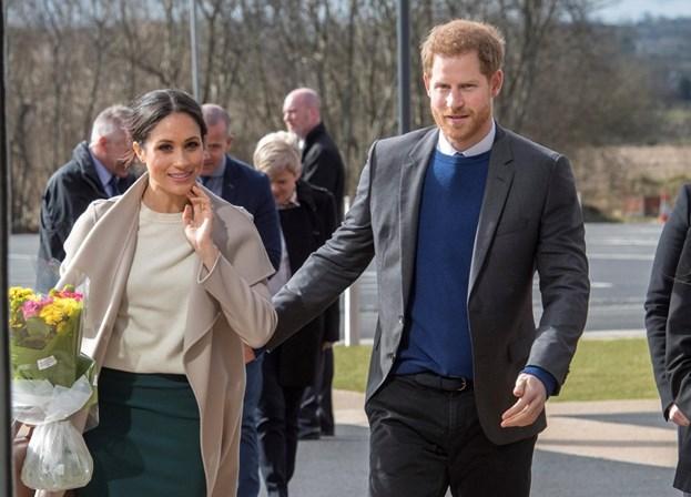 Príncipe Harry chama William para ser padrinho de casamento
