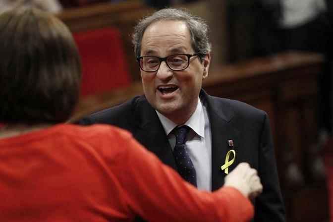 Quim Torra, independentista leal a Puigdemont, toma posse como presidente da Catalunha