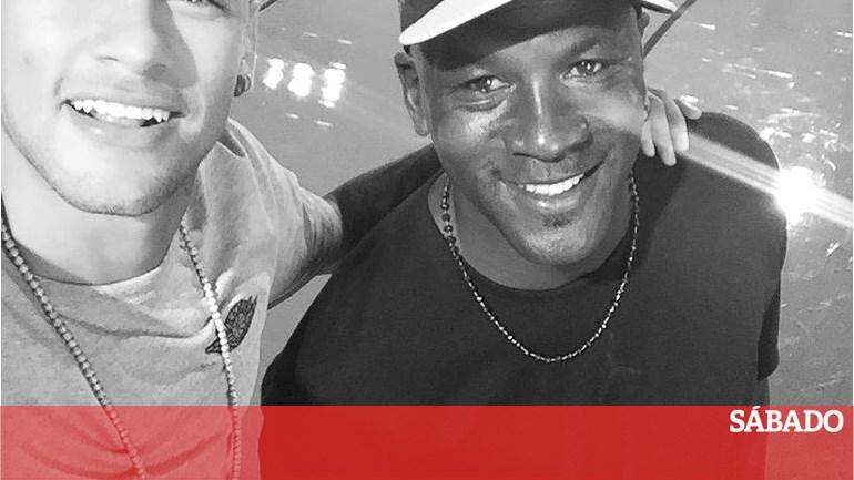 8f94b3424ef O que têm em comum Neymar e Michael Jordan  - Futebol - SÁBADO