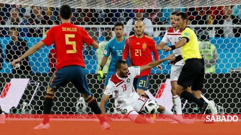 9e5ac98f8a025 Espanha quer Europeu de futebol e conta com ajuda de Portugal - Futebol -  SÁBADO